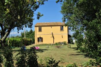 Country Houses Country Houses for sale Morro D'Oro (TE), Casa del Moro - Morro D'Oro - EUR 327.141 440 small