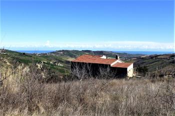 Casa di campagna Casolare Adriatico - Atri - EUR 65.900