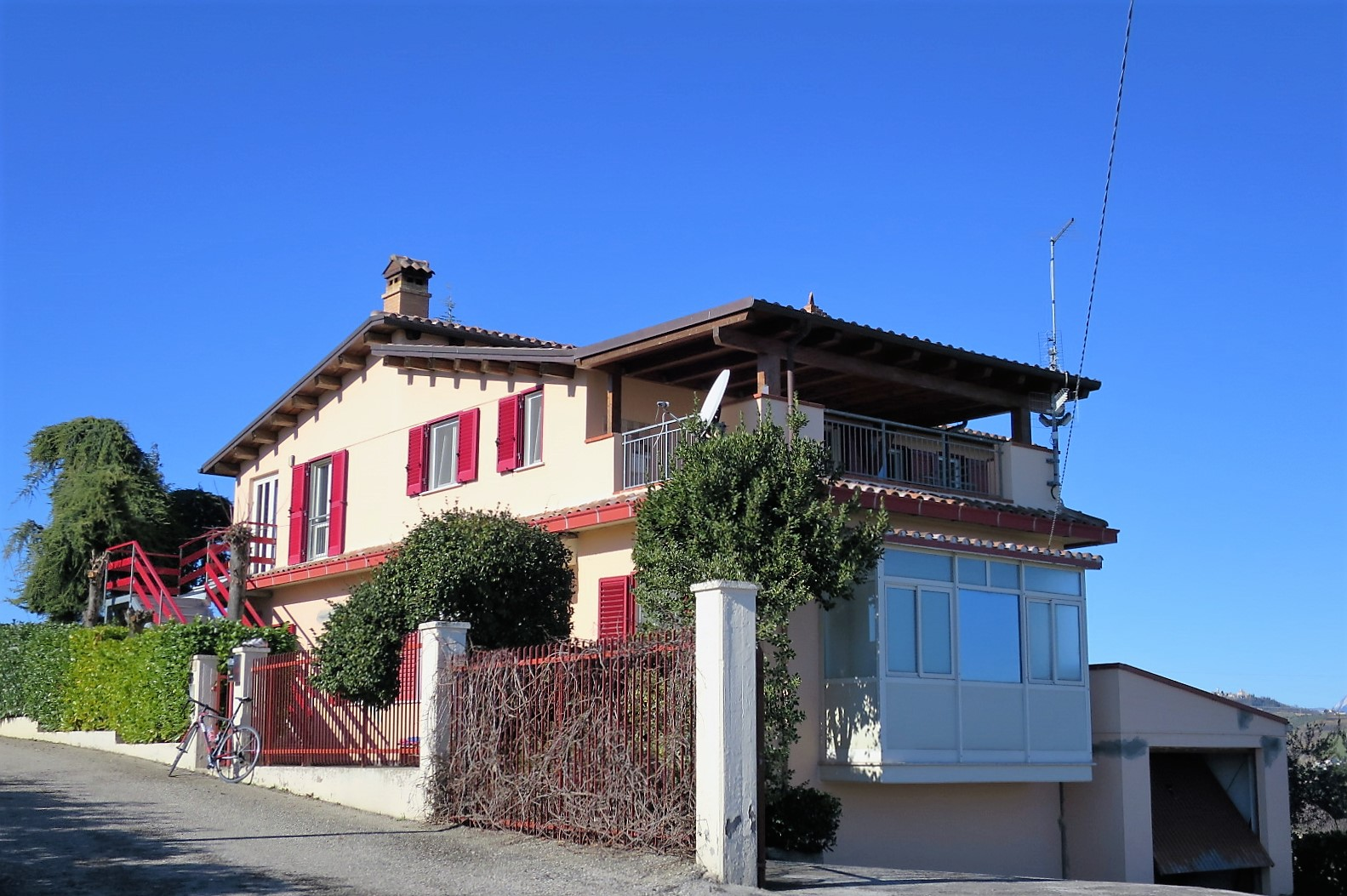 Country Houses Country Houses for sale Cellino Attanasio (TE), Casa Feudi - Cellino Attanasio - EUR 198.728 10