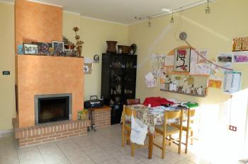 Country Houses Country Houses for sale Cellino Attanasio (TE), Casa Feudi - Cellino Attanasio - EUR 198.728 80 small