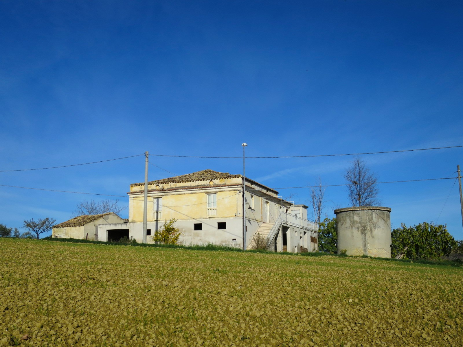 Country Houses Country Houses for sale Elice (PE), Casa Frantoio - Elice - EUR 182.886 10