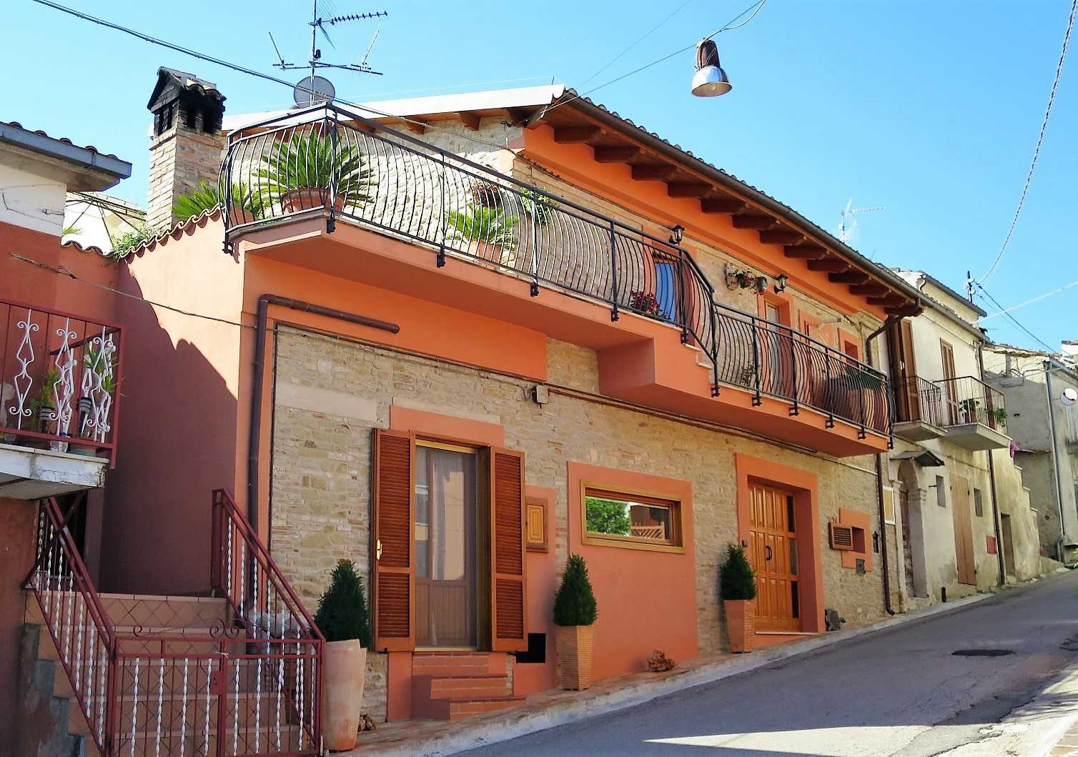 Semi-detached House Semi-detached House for sale Cermignano (TE), Casa Gualtieri - Cermignano - EUR 201.814 90